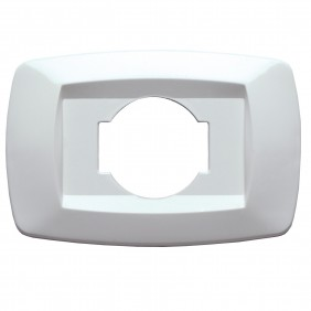 The Master, fr. plate white socket schuko MD10NU