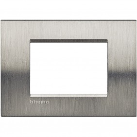 BTICINO LIVINGLIGHT PLAQUE 3 MODULES QUADRA...