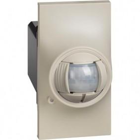 Rilevatore a doppia tecnologia Bticino Living Now (PIR+MW) Sabbia KM4275
