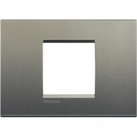 Placca 2 posti centrali quadra Bticino Living Light avenue LNA4819AE