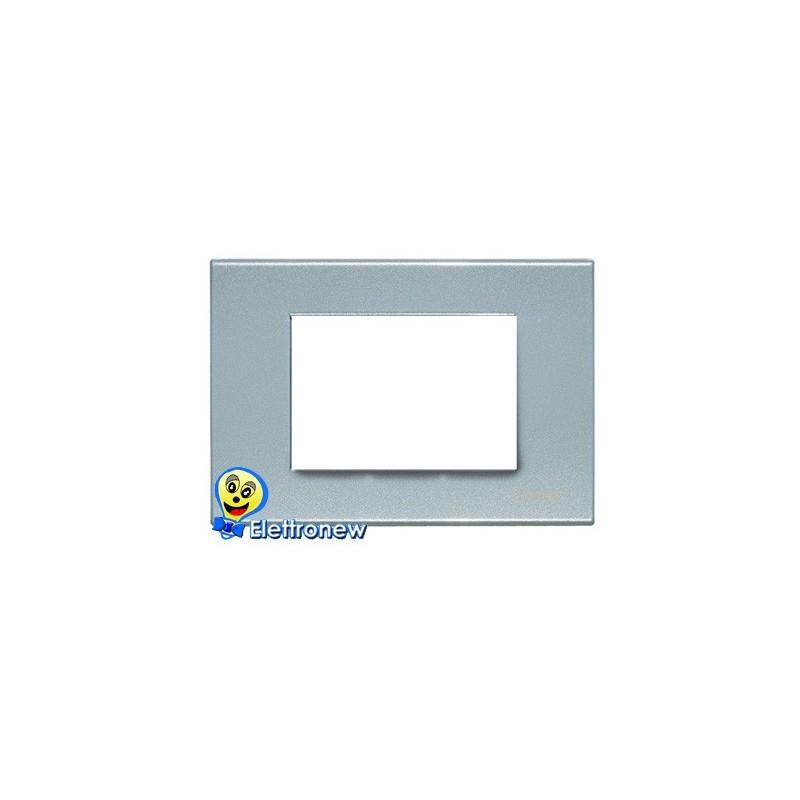 BTICINO LIGHT PLACCA 3 MODULI N4803AN
