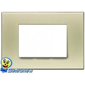 BTICINO LIGHT PLACCA 3 MODULI N4803SA