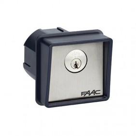 Pulsante a chiave Faac ad incasso o per colonnina T10 4010101