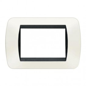 Bticino Living International plate 3 modules...