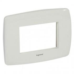 Legrand Vela plate round white 3 modules 685827