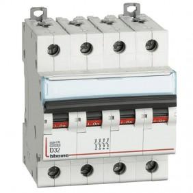Bticino circuit breaker-4P D 32A 10kA 4 modules...