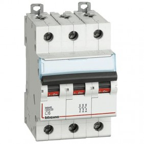 Breaker, Bticino breaker 3P 6A 3 modules FA83C6