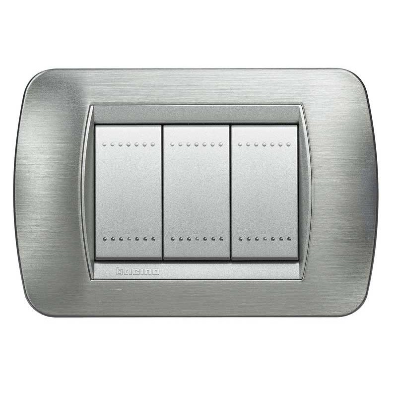 Bticino living international placca 3 moduli l4803ast - Interruttori living light ...