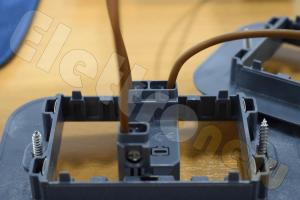 Schema Elettrico Per Due Punti Luce : Come accendere una lampada da due punti con deviatore