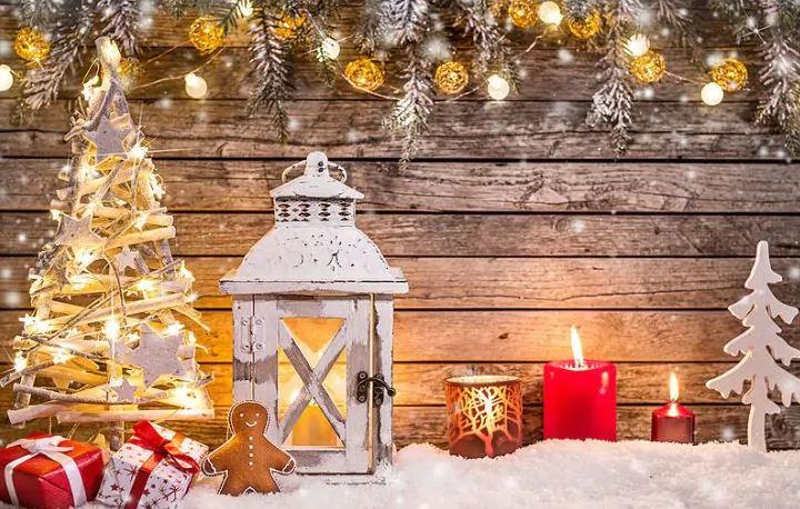 Decorazioni Natalizie A Poco Prezzo.Addobbi Di Natale Alberi Luci Decorazioni E Paesaggi